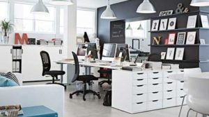 bureau ikea l 39 option la moins ch re pour les startups. Black Bedroom Furniture Sets. Home Design Ideas