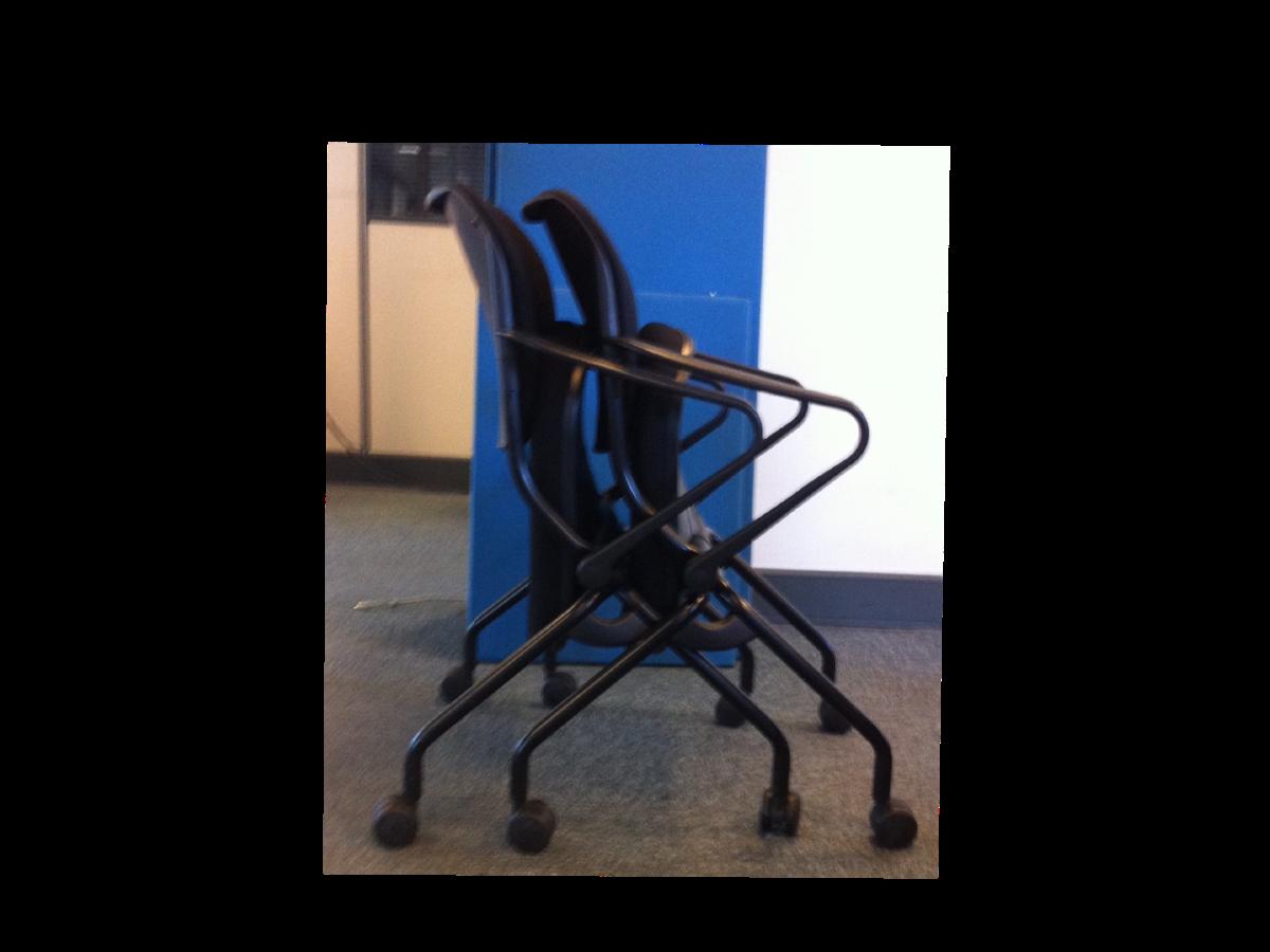 fauteuils roulettes haworth emboitables adopte un bureau. Black Bedroom Furniture Sets. Home Design Ideas