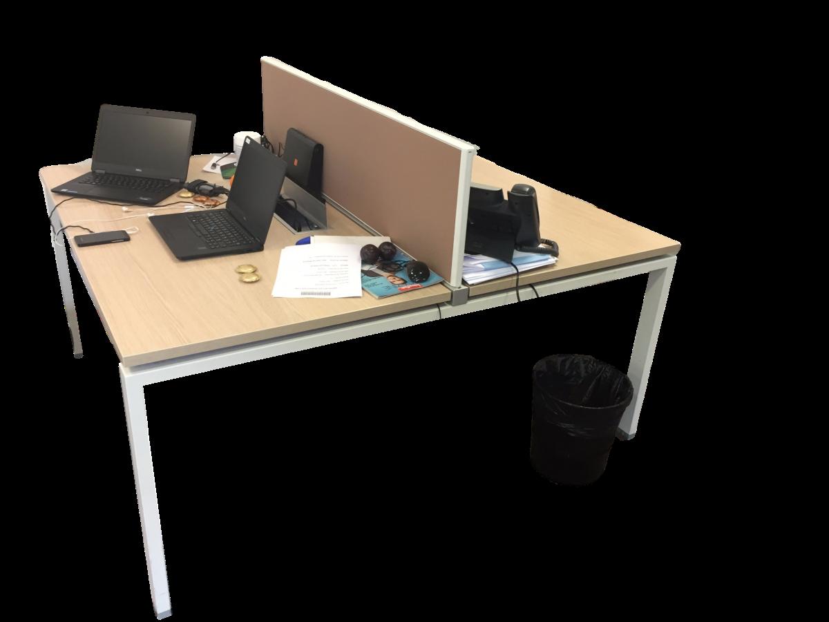 Bureau bench 2 personnes bois clair occasion adopte un for Mobilier bureau 4 personnes