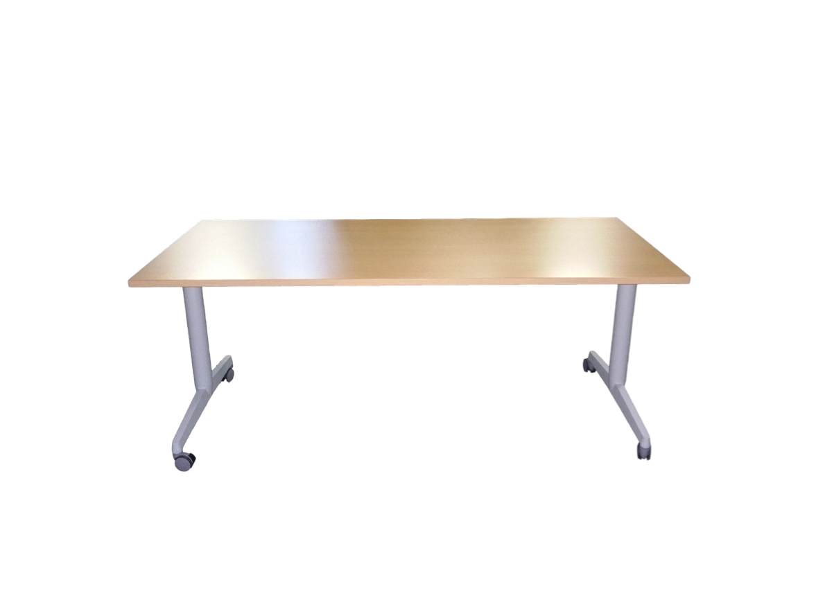 Table pliante roulettes adopte un bureau for Table exterieure a roulettes