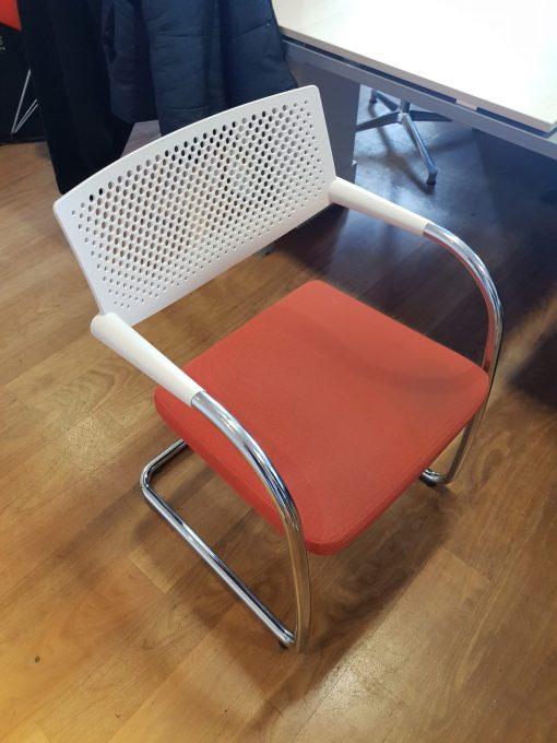 chaise de reunion vitra